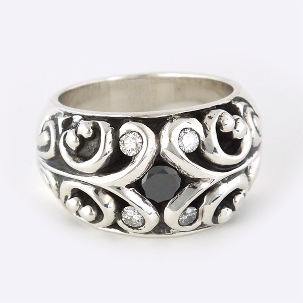 FILIGREE RING W/BLACK DIAMOND +4 ROUND DIAMOND