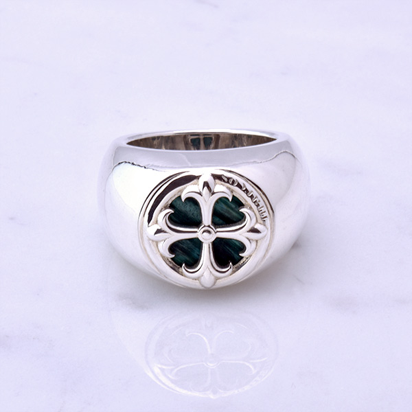 ST-CROSS Charm Ring